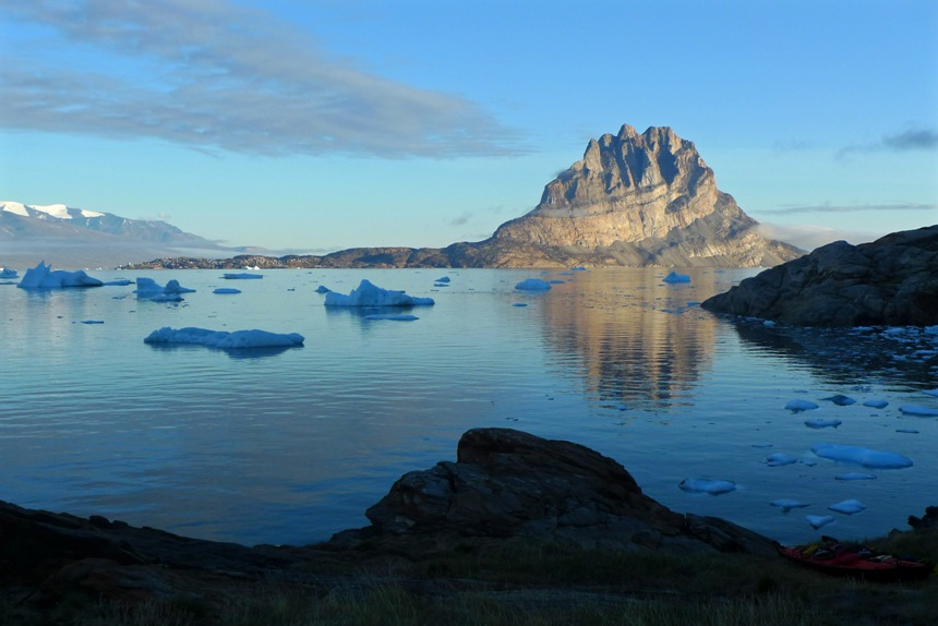 Uummannaq from Storen at 4.00am
